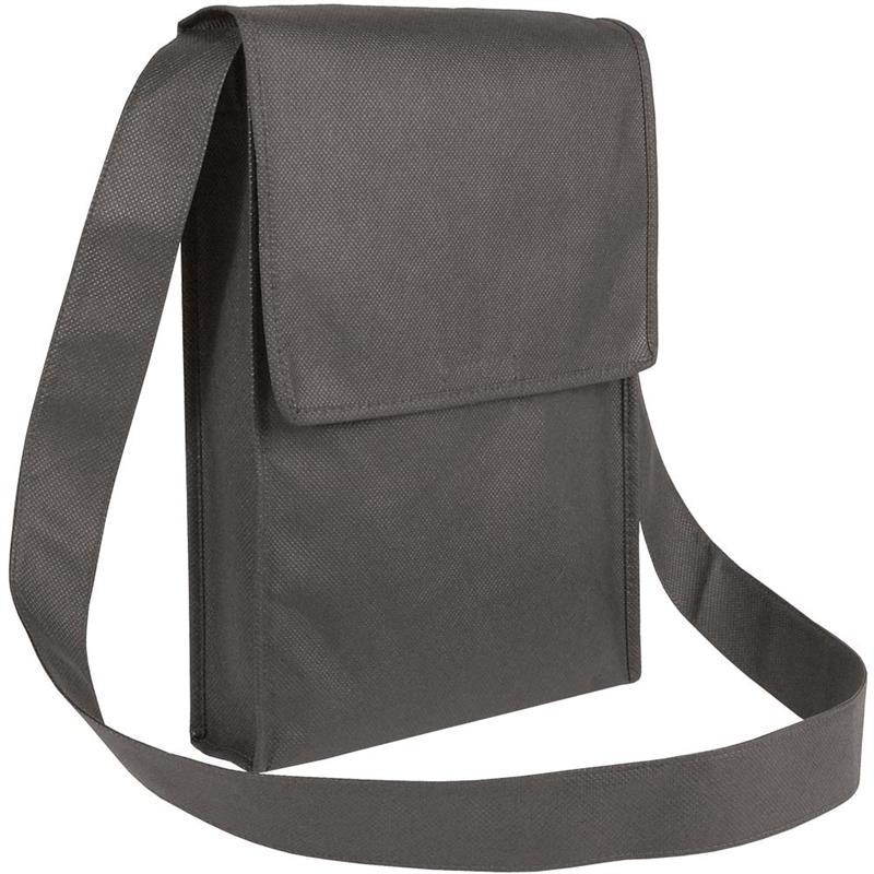 bag con pattella in tnt nero con soffietti laterali e tracolla