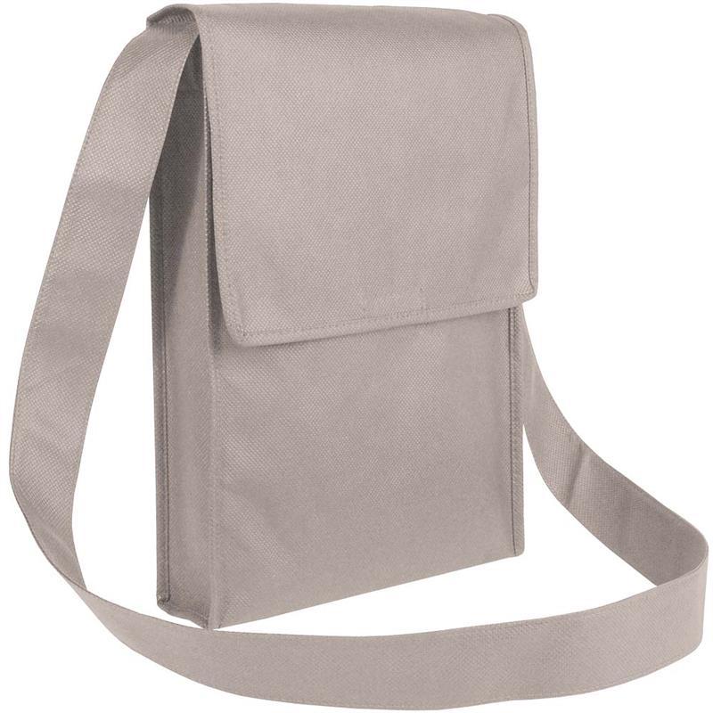 bag con pattella in tnt grigio con soffietti laterali e tracolla