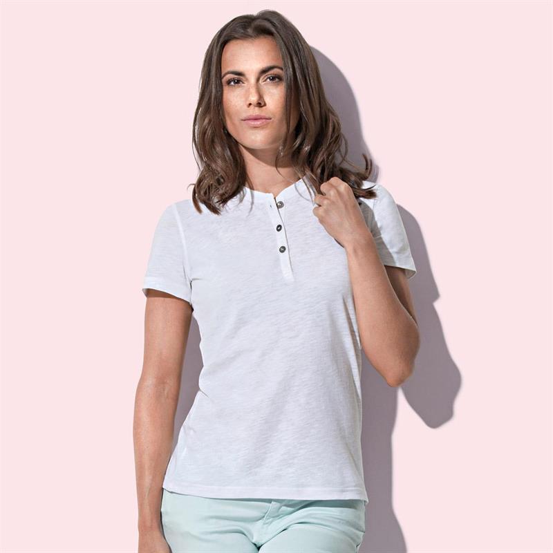 t-shirt da donna in cotone bianco a collo rotondo con bottoni